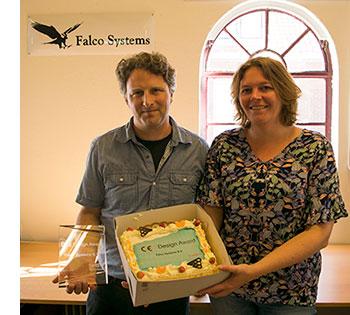 Falco Systems management Merlijn van Spengen and Dyske beelen receive design award